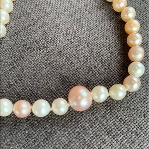 Pink/cream freshwater pearl necklace.